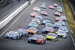 Прямой эфир: вторая гонка GT Wolrd Challenge Europe в Мизано