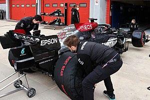 Интриге конец? Пилоты Mercedes довольны поведением болида в пятницу