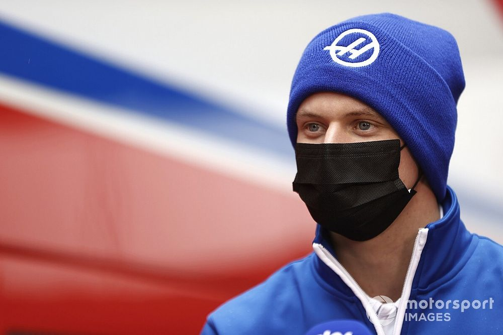 Mick Schumacher Percaya Bisa Cetak Poin Musim Ini