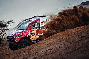 Al Attiyah gana con empate y problemas para Sainz en el Prólogo del Dakar 2021