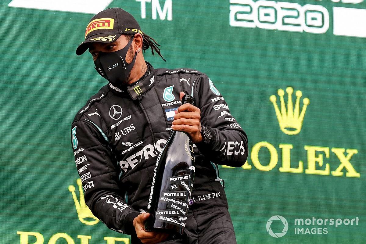 """Marko: """"Hamilton'ın maaşı F1'e uygun değil"""""""