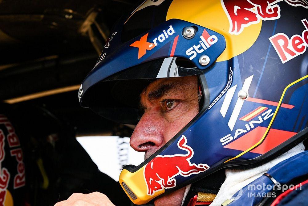 "Dakar, Sainz: ""Il ritmo è ok, ma sarà dura recuperare sui primi"""
