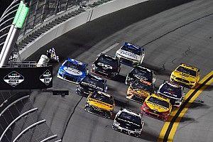 Aric Almirola vence a Christopher Bell en el Duel #1 de Daytona