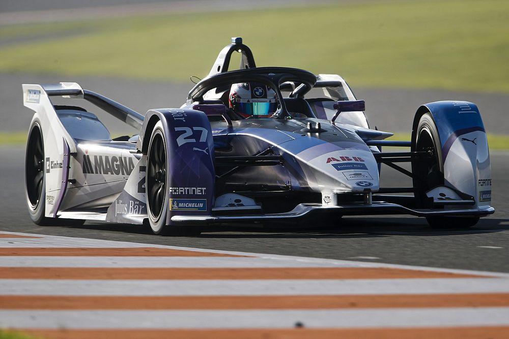 Команда Формулы Е Andretti сохранит Денниса на 2022 год