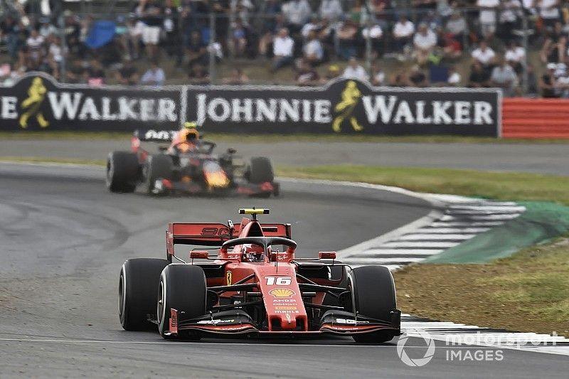Ferrari admite que precisa reagir para conter ameaça da Red Bull
