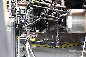 Mistero T-tray: perché si usa un attuatore idraulico?