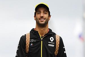 Így gyúr Ricciardo a Japán Nagydíjra: videó