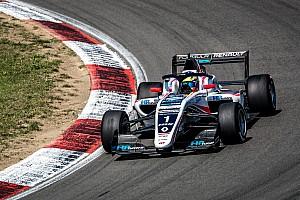 Formula Renault: Piastri centra la doppietta al Nurburgring