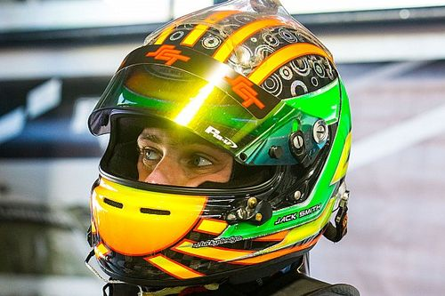 """McLaughlin apologises to Smith for """"d**khead"""", """"can't drive"""" banter"""