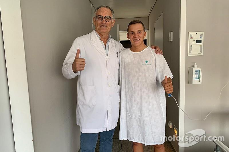Rodrigo fue operado de su fractura en la clavícula