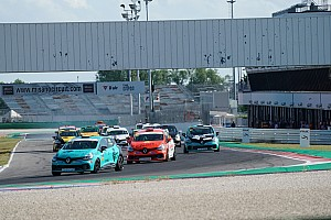 Clio Cup Italia: Felice Jelmini mette a segno una doppietta a Misano