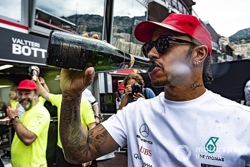 Így menekült Rosberg Hamilton elől Monacóban: videó