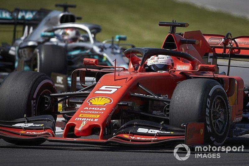 Vettel stawia na Mercedesa