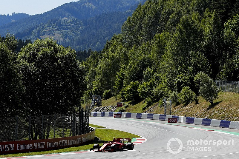 Леклер опередил соперников в финальной тренировке Гран При Австрии