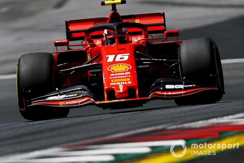 Leclerc lidera una accidentada segunda práctica en Austria