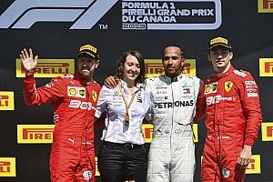 Leclerc, el único piloto feliz en el podio del GP de Canadá