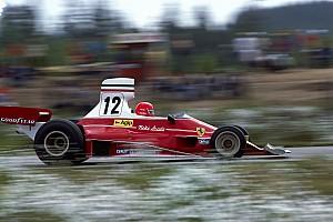 Elárverezik Lauda legendás Ferrariját, amellyel VB-t nyert
