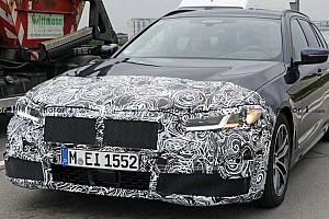 Kijöttek az első kémfotók a frissített 5-ös sorozatú BMW-k belsejéről