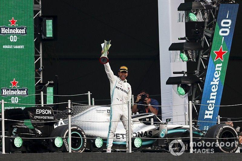 Mercedes detalla la estrategia de Hamilton en México