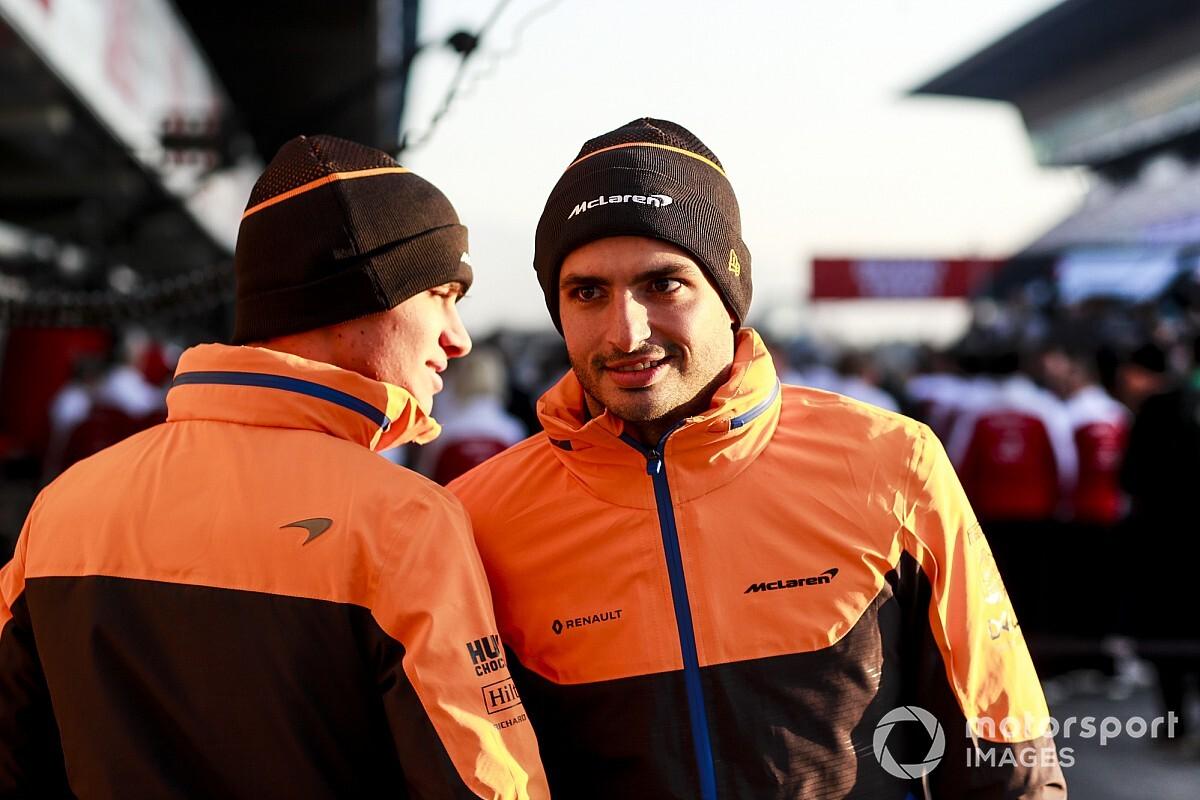 Sainz elmondta, miért választotta a Ferrarit, és hogy megbánta-e a döntést