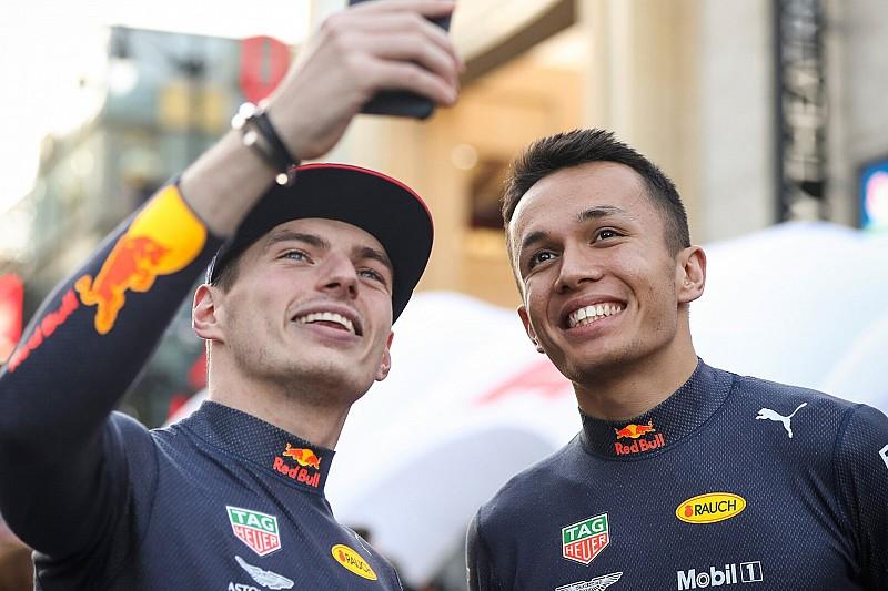 Red Bull bevestigt: Albon ook in 2020 teamgenoot van Verstappen