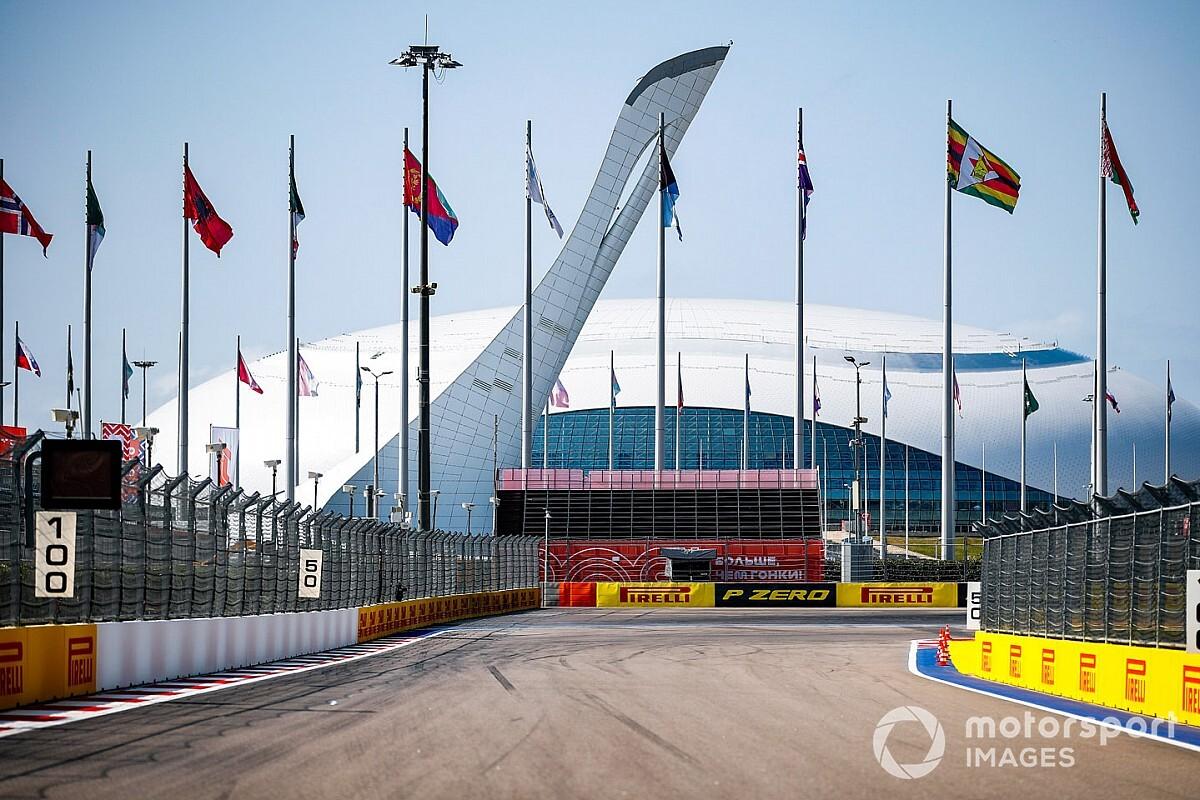 SEXTA-LIVRE: Mercedes dá as cartas na F1 em Sochi e a volta da polêmica do grid invertido