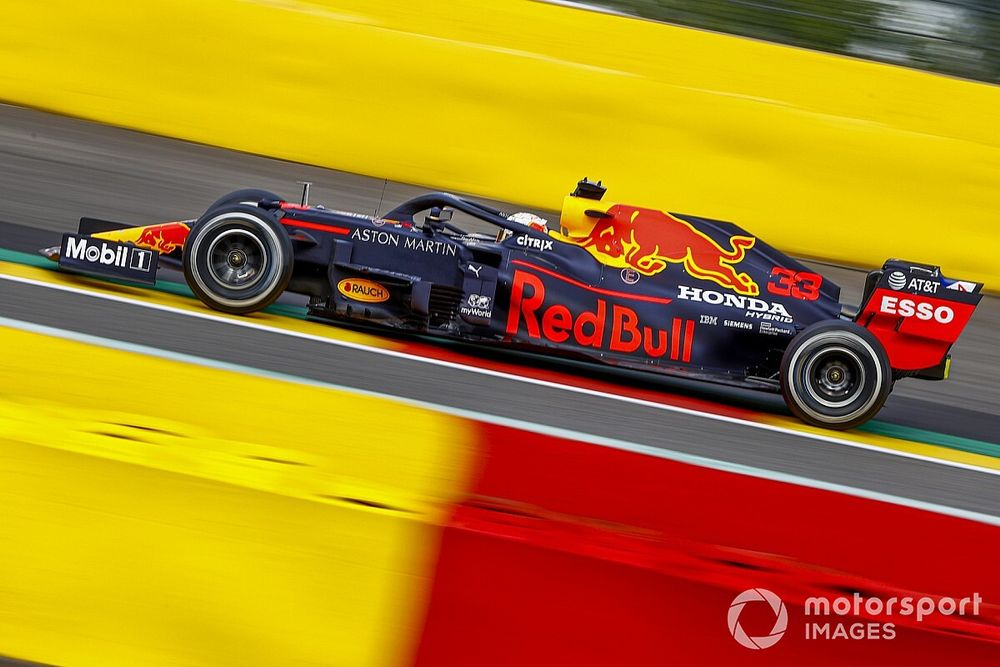 """Red Bull: """"Motor modu yasağı, Mercedes'le olan farkı azaltacak"""""""