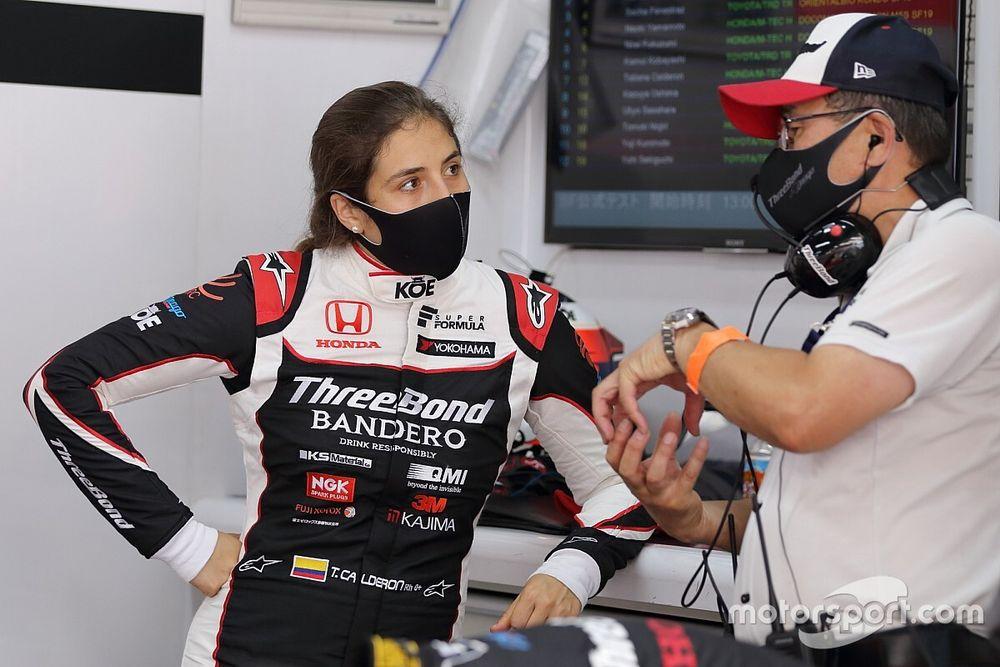 """Tatiana Calderón: """"cada vez más confiada"""" en la Súper Fórmula"""