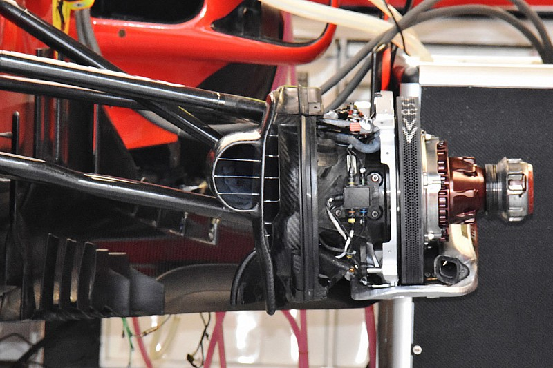 Ferrari: per le staccate di Montreal ci sono i dischi con il massimo dei fori