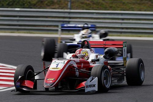 F3 Zandvoort: Ferrari-protegé Zhou pakt pole Race 1
