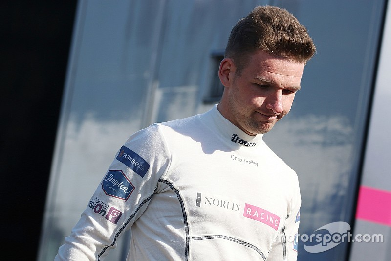 Rockingham BTCC: Smiley takes maiden win in Race 3