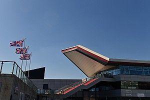 Silverstone-ban csak az edzések végén lehet rajtgyakorlatokat végrehajtani