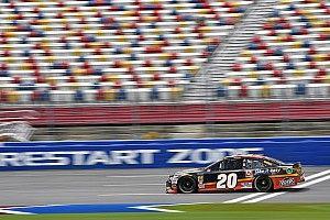 Erik Jones fue el más rápido en la práctica final para la Coke 600 y Suárez en 21