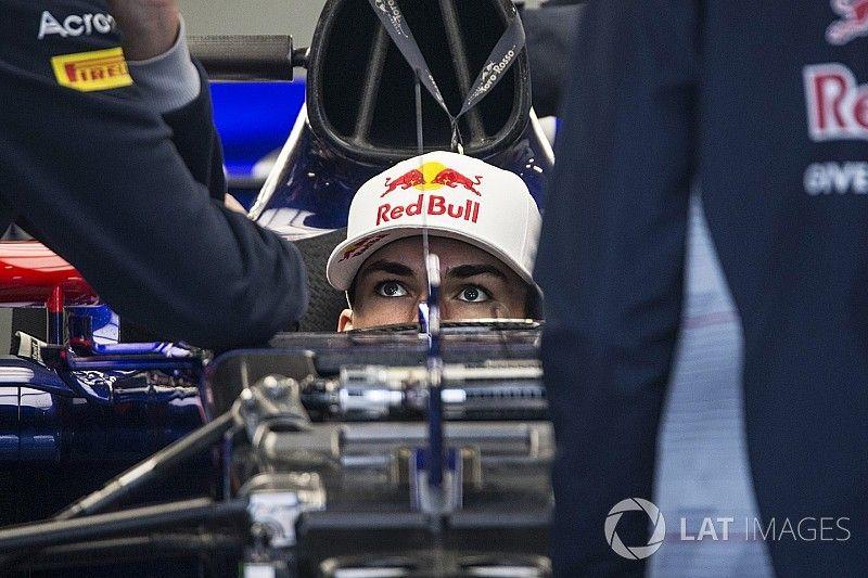 Источник: Toro Rosso оставит Гасли на 2018-й, решения по Хартли нет