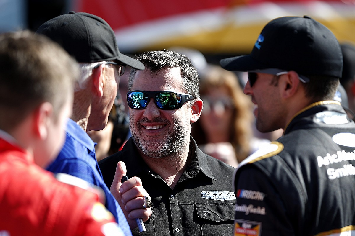 Tony Stewart named honorary pace car driver at Homestead