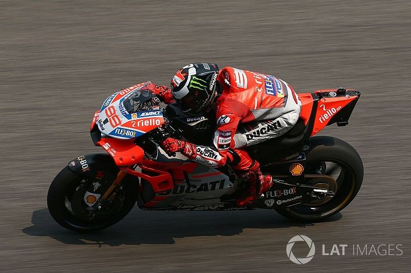 Lorenzo unlikely to stick with 2017-spec Ducati