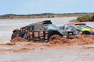 Las lluvias vuelven a castigar al Dakar