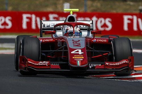 Де Врис выиграл первую гонку Ф2 в Спа