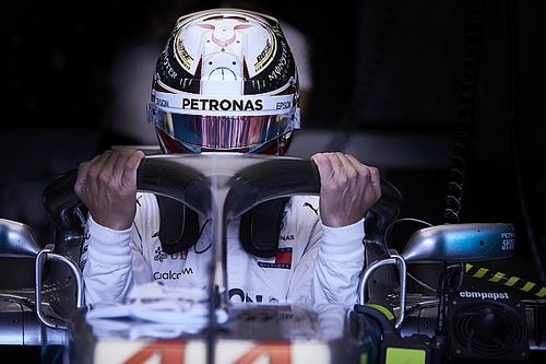 «Если не повышать безопасность, гонки запретят». Вурц о будущем Ф1