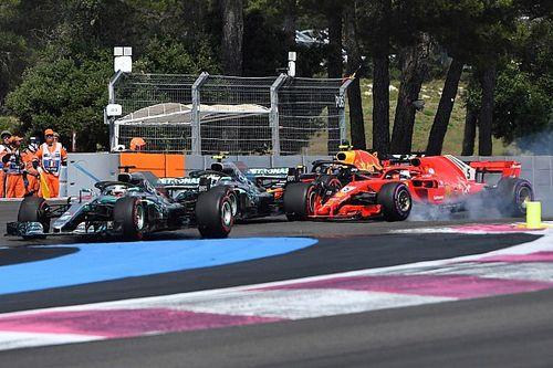 Hamilton: Foi como se Vettel tivesse parado de pensar