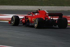 "Hamilton tuding Ferrari ""sandbagging"" saat latihan"