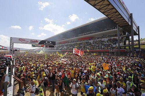 日本GPで初の試み! 決勝後にメインストレート開放、熱気を間近に体感