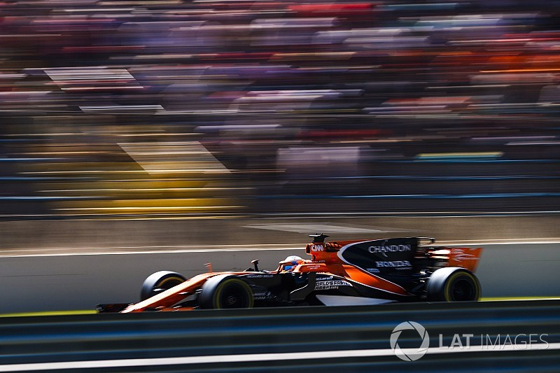 La McLaren potrebbe schierare due vetture nei test di Abu Dhabi