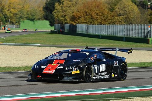 Lamborghini World Final: Breukers snatches pole from Abbate