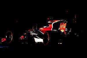 Video: McLaren slingert nieuwe Renault-motor voor de eerste keer aan