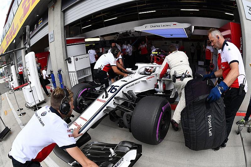 Sauber: Leclerc sostituisce il cambio e paga cinque posizioni in griglia di partenza
