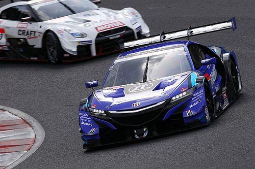 Баттон финишировал вторым в дебютной гонке в Super GT