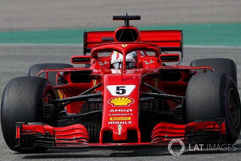 "Vettel ""threw away"" win by pushing too hard - Rosberg"