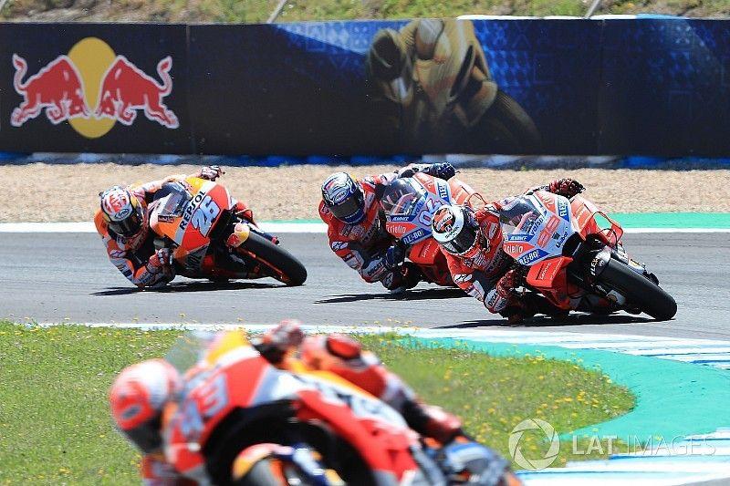 Képekben az újabb drámai MotoGP verseny