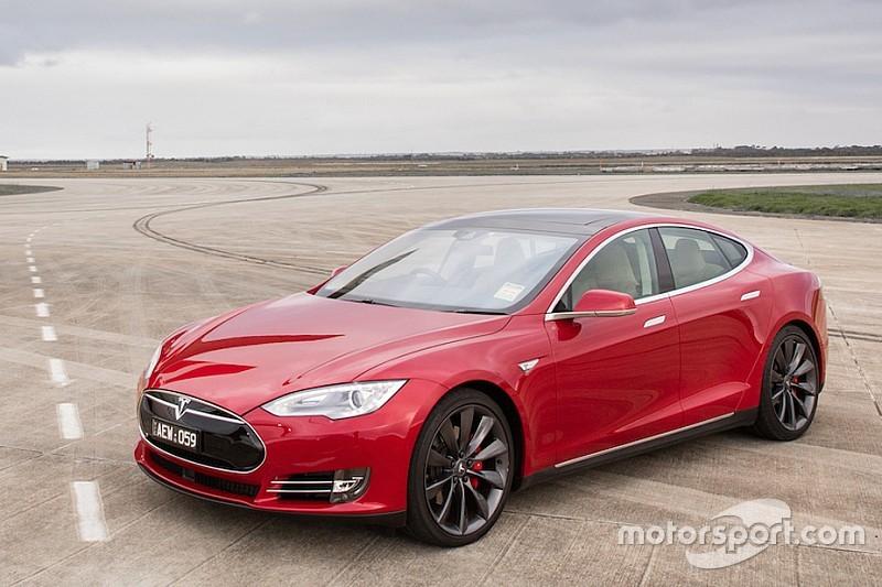 Is de Tesla Model S snel genoeg voor een nieuw record op Pikes Peak?